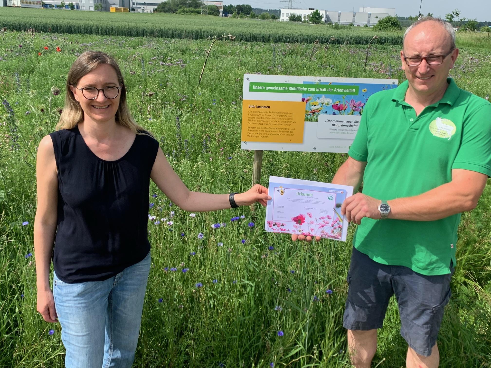 """Pressemitteilung """"Familie Messner aus Trossingen sät Blühpflanzen statt Getreide"""""""