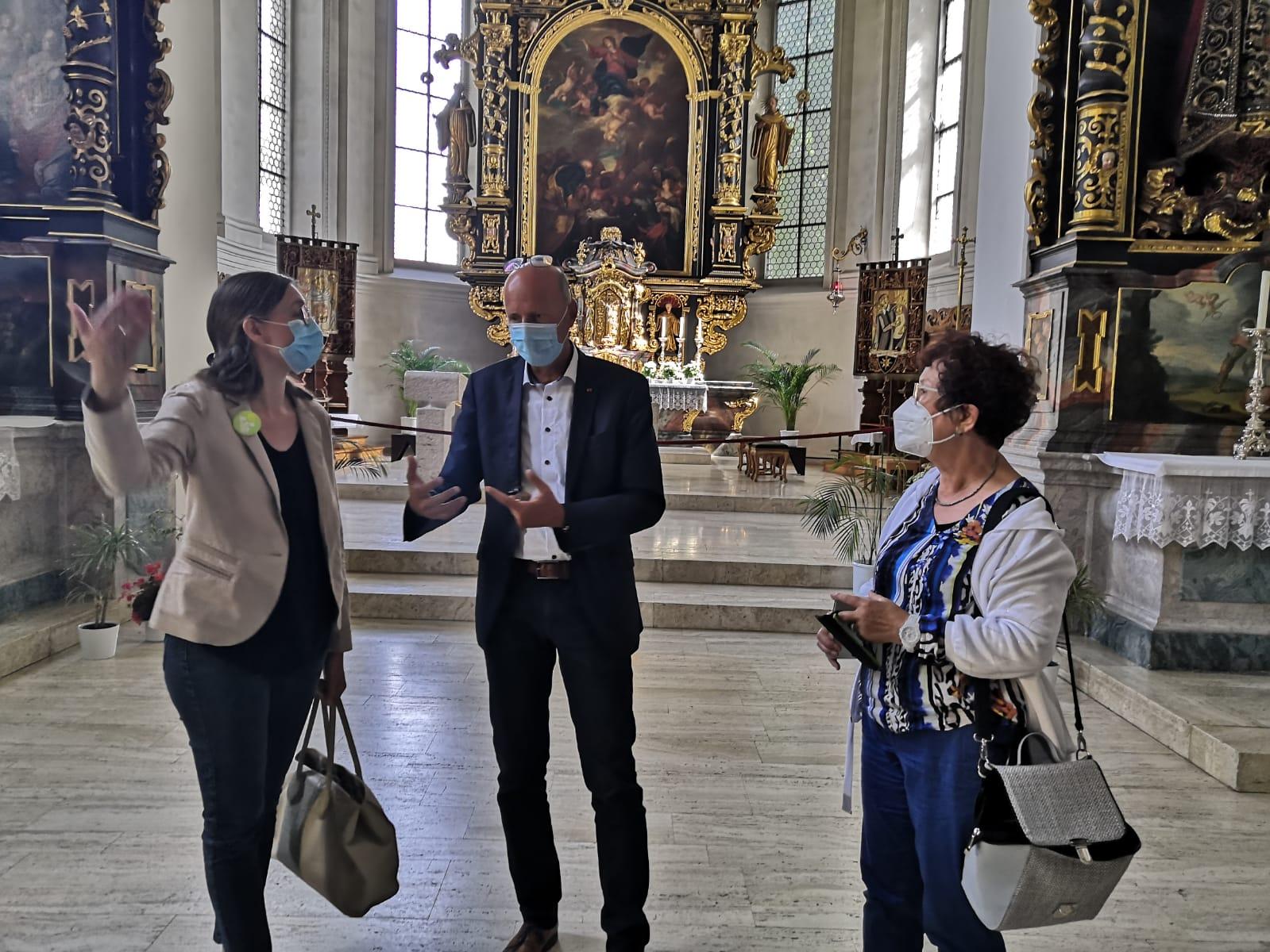 Schwabo vom 07.09.2021: Besuch in Rottweil: Gerlinde Kretschmann schaut sich im Vinzenz von Paul Hospital um